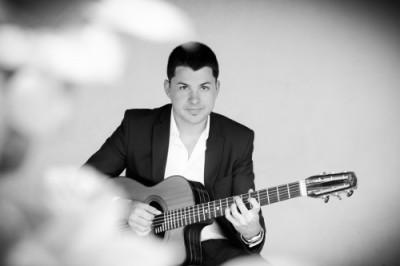 Photo Clément Reboul guitariste jazz manouche